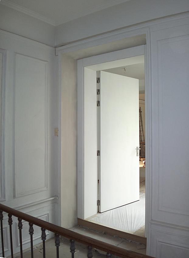 Bomport les portes d 39 entree palieres d 39 interieur haute s curit sur mesure en metal acier - Porte appartement bois ...